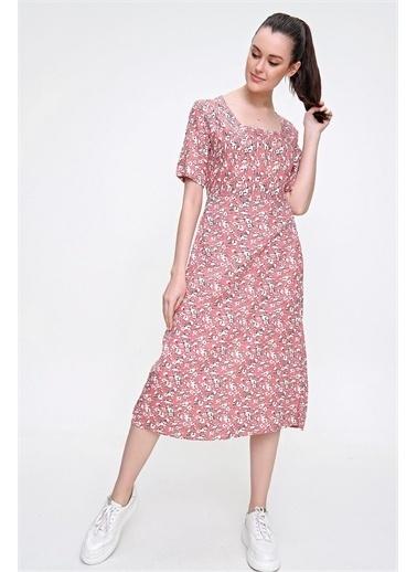 Pink Park Kare Yaka Yırtmaçlı Dokuma Elbise RD00022 Pembe
